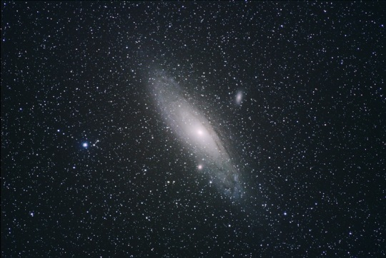 M31 photo by Gary Seronik